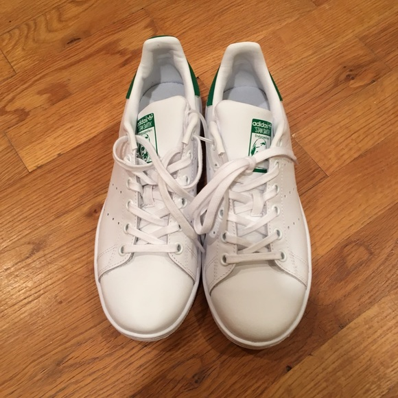 YOUTH WOMENS Adidas Stan Smith Classic Sneakers New, White